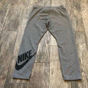 Nike logo gray athletic capri leggings